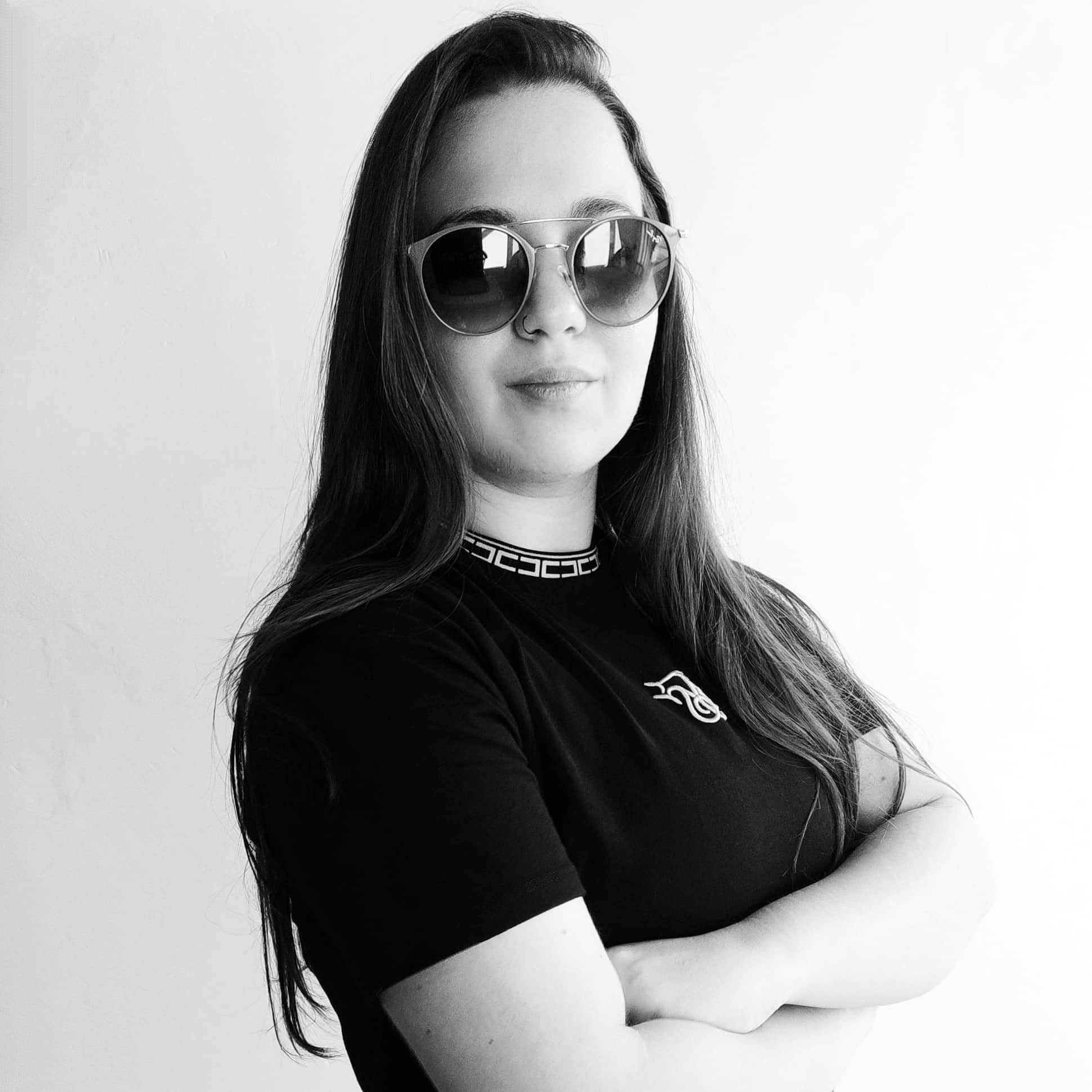 DJ Laura