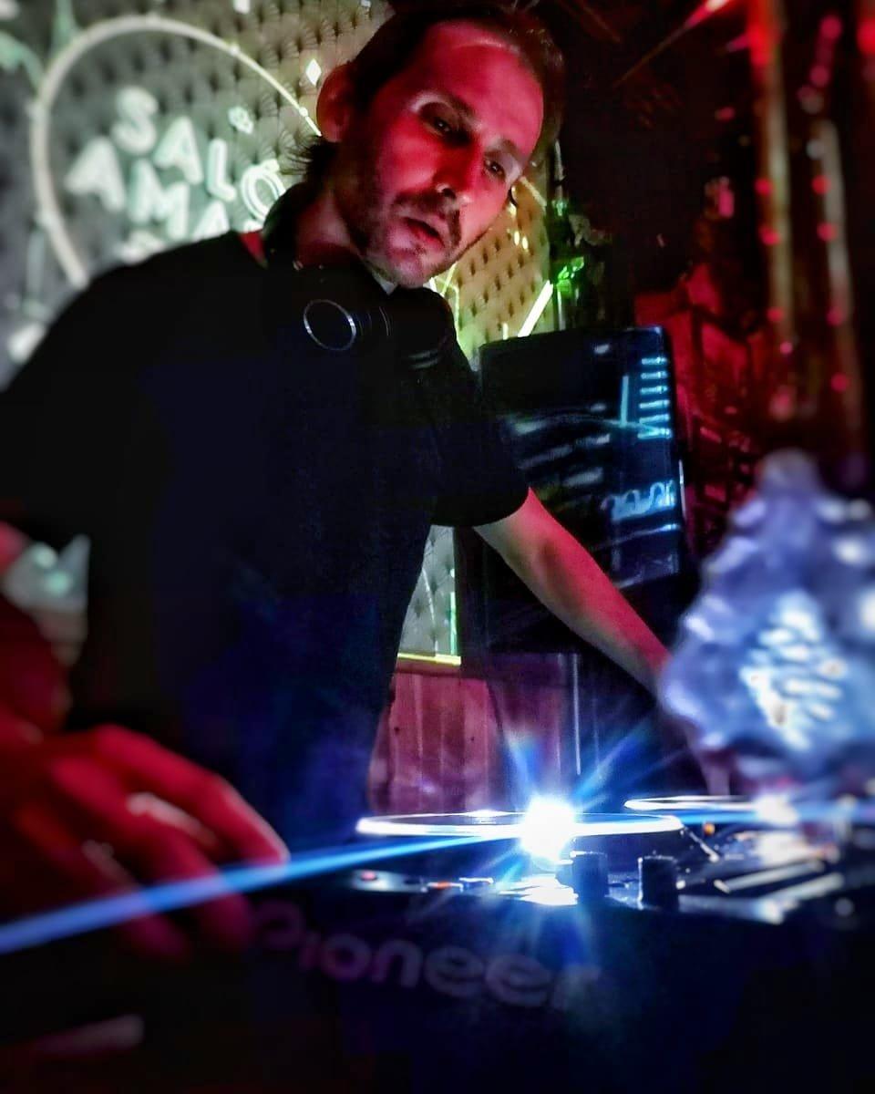 Salazar-Col Profile - Scientific Sound Asia