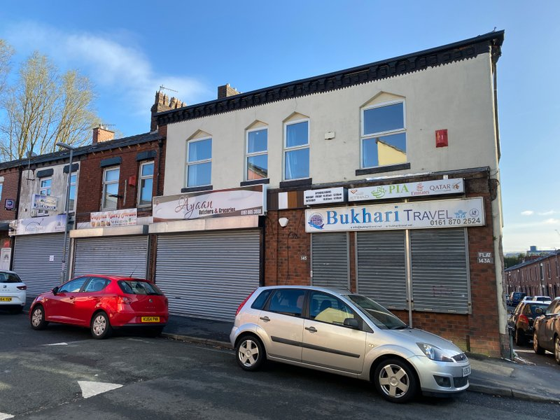 Mixed use hot food takeaway/shop granted on appeal